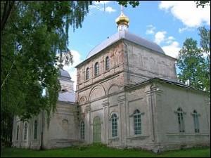 Воскресенский храм села Сушки